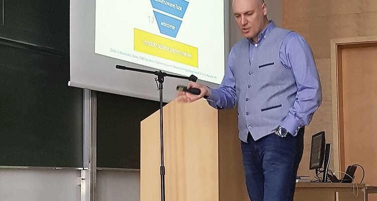 Dr Sergey Yatsunenko